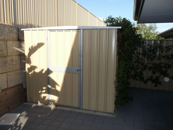 garden shed and fencing